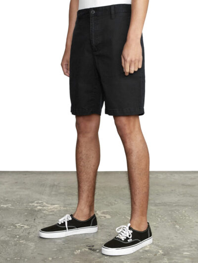 RVCA Daggers Chino Short black MODEL1